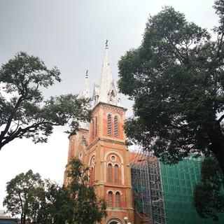 Cathédrale Notre-Dame de saigon, La Gare centrale, Ho Chi Minh