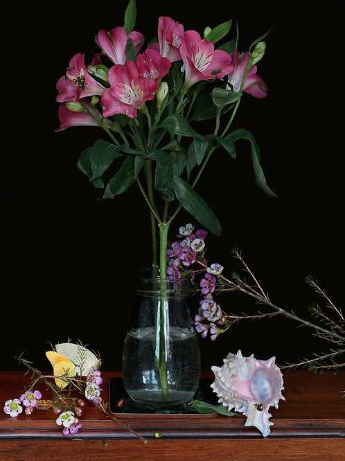 A Vase of Flowers, Upright