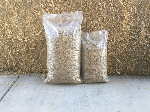 40lb bag Straw Pellets