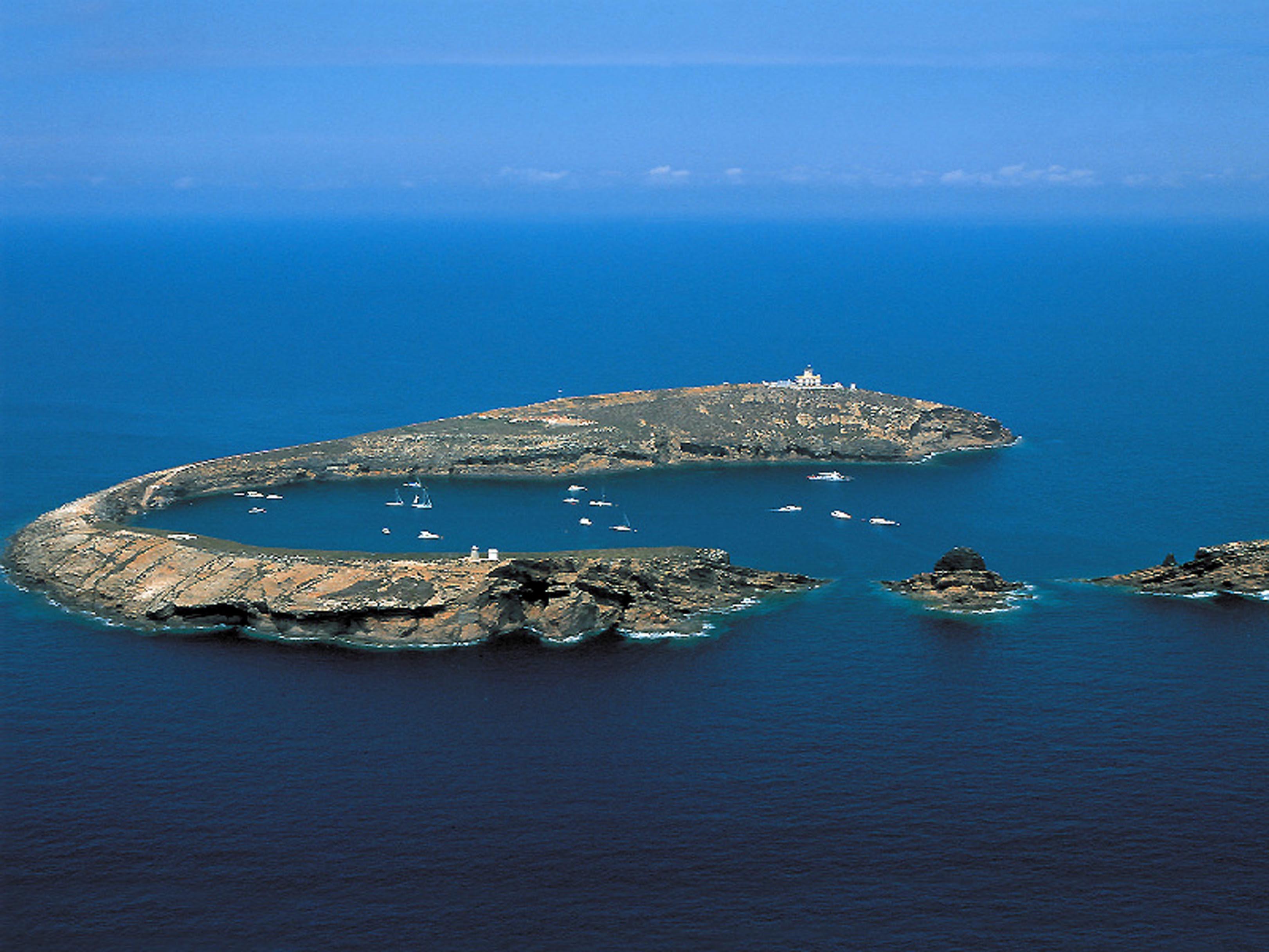 Faro y entorno Islas Columbretes
