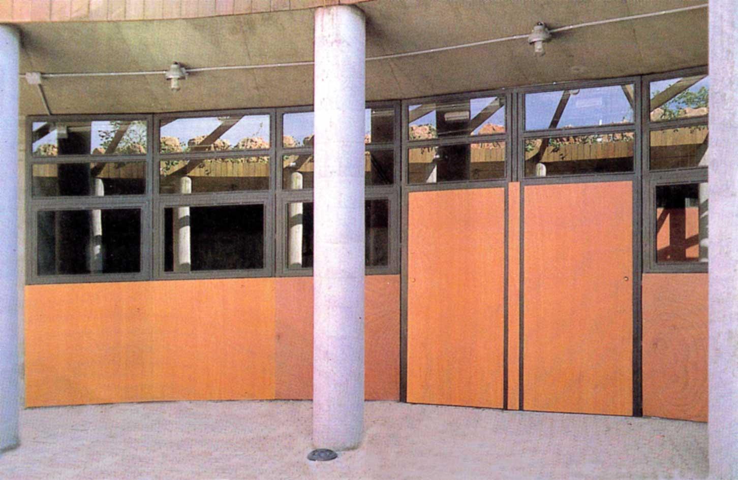 Edificio Servicios Parque Sevilla