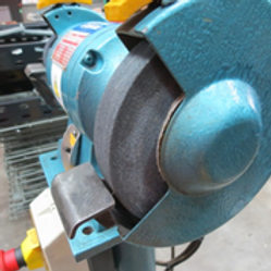 Pedestal Grinder - 220/240 VAC