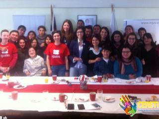 CERETI participa en desayuno INJUV por la no discriminación.