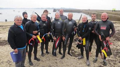 concarneau-plus-de-100-nageurs-la-conquete-de-la-baie.jpg