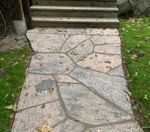Muskoka Granite WalkwayIMG_0986.jpg
