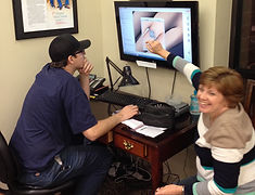 Mom helps with a custom designed engagement ring in St. Louis