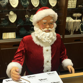 Santa at the Pearl Case