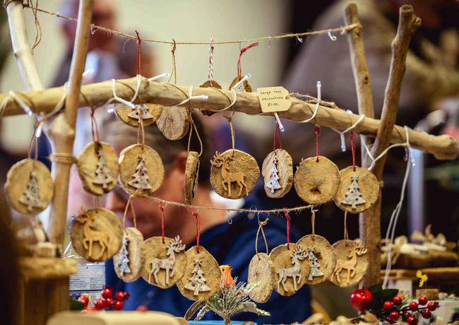 Lantern Market Robin Zahler (4 of 56).jp