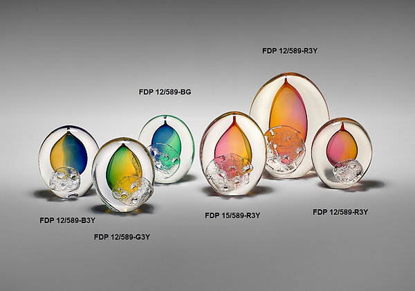Spalvota stiklo skulptūra, verslo dovanos, stiklo kūrinys, stiklo dirbiniai, stiklo suvenyrai, glasremis