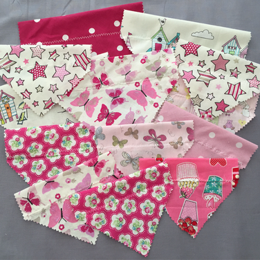Mulit Pack Deals on these attractive Pink Slide on the Collar Dog Bandanas