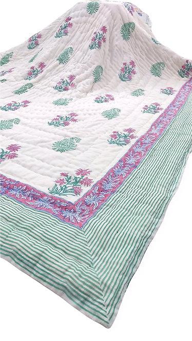 Cozy Up Reversible Quilt - Framboise et Vert