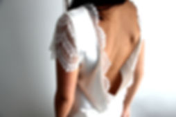 Marine M-Robe de mariée-top-décolleté-decollete dos-dos nu-soie-dentelle