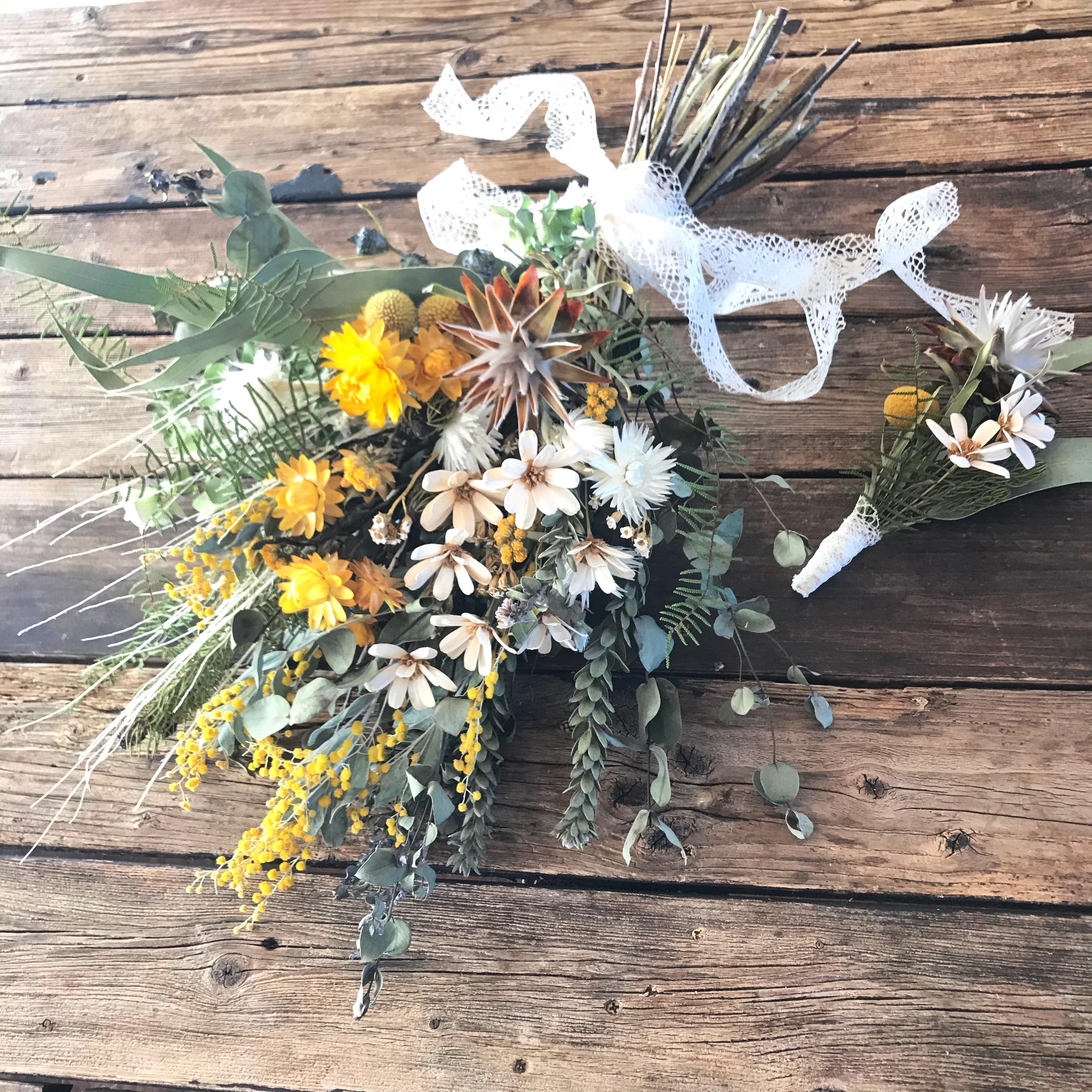 Dry bouquet & Dry boutonniere set