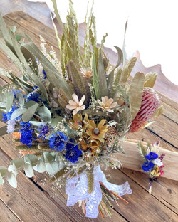 Reversible Dry Bouquet side B & Dry Boutonniere
