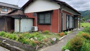 「鳥居本町にある家庭菜園のできる庭付き築45年の平屋中古住宅」の募集を再開しました。
