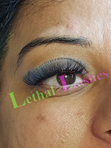Your Lashes Can Get The Vapours Too! Here's How to be Safe.