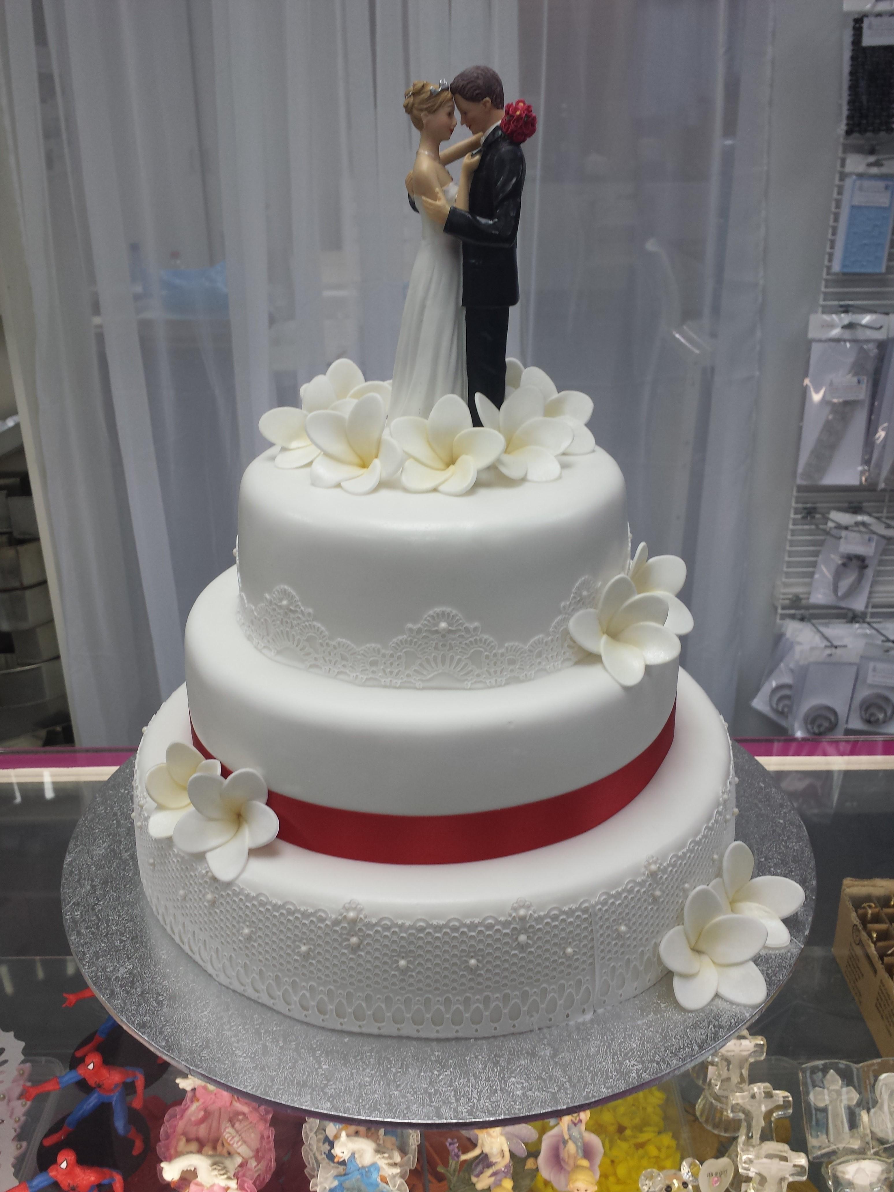 Wedding #22 - Lace & Frangapanis