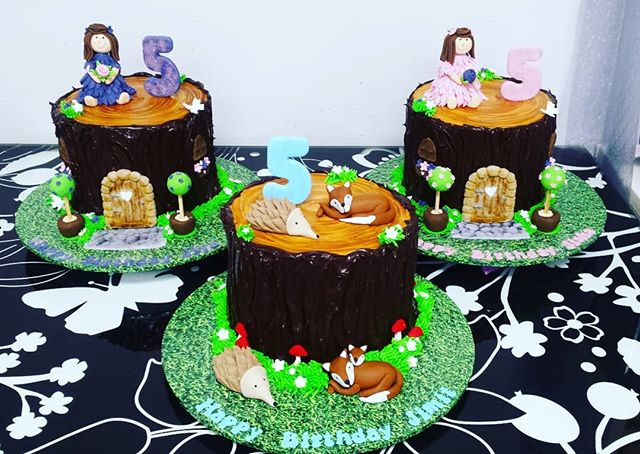 Cakes for triplets having their 5th Birt