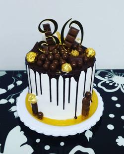 #cake #cakedecorating #birthday #birthda
