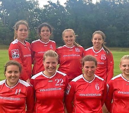 Faustball-Frauen-Bundesligateam holt wichtige Punkte