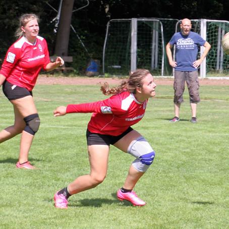 Faustball-Bundesligafrauen starten mit zwei Siegen in die Rückrunde