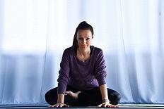 Stort bilde Yoga Cecilie.jpg