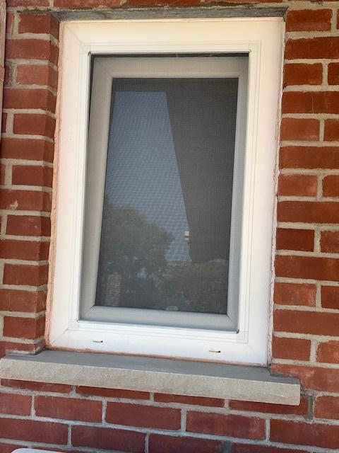 windows in stock installed 7