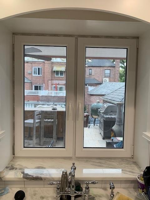 windows in stock installed 3