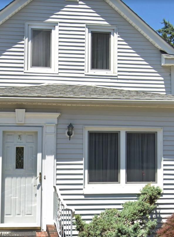 white windows garfield