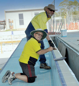 Bourke pool opening delayed