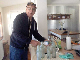 Ray tells history of the Outback through his bottles
