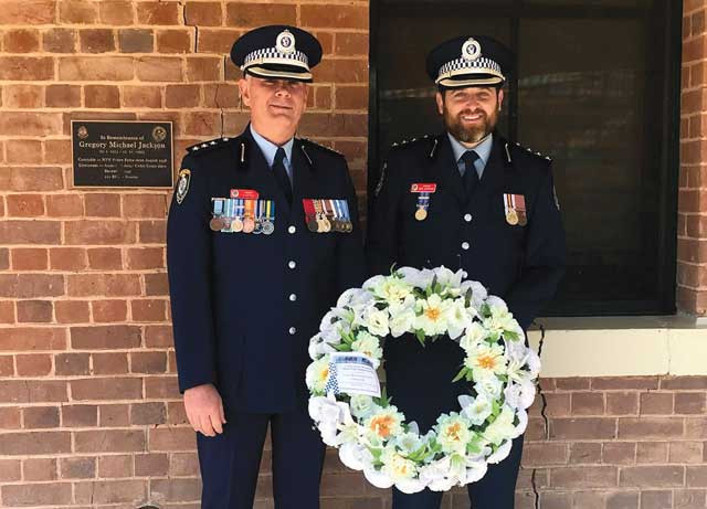 Police honour their fallen officers