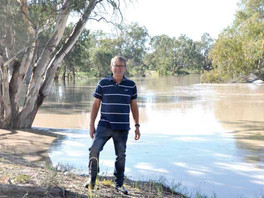 Minor flood peak to hit Bourke early next week