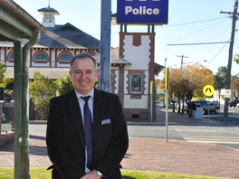 Bourke farewells Detective Sergeant Vince Nicholls