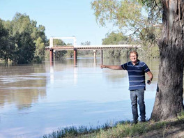 Flood warning issued for Bourke and downstream