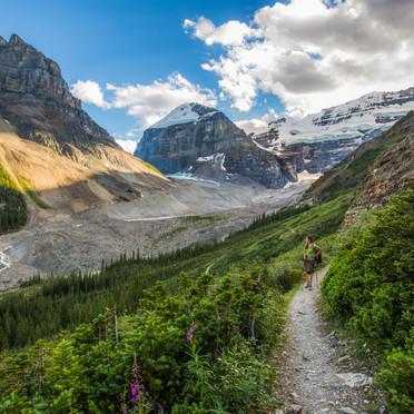 Plain of Six Glaciers (Banff N.P.)
