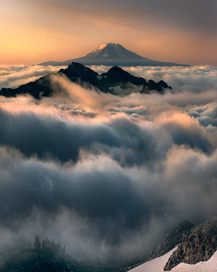 Above The Clouds   Mt Adams