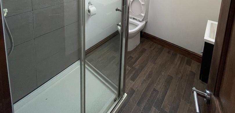 Coast Cottage Ensuite Bathroom.jpeg