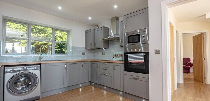 Cliff Cottage Kitchen.jpeg