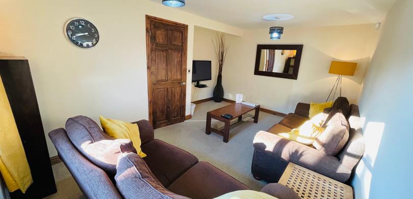 Heritage Cottage Lounge.jpeg