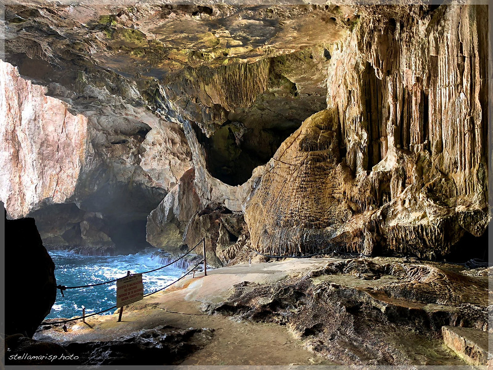 grotta di nettuno rocce mare