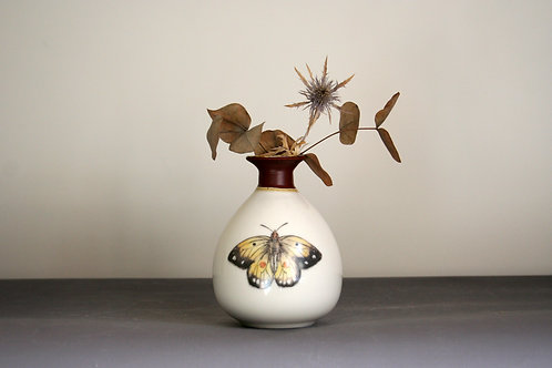 Small Butterfly Bud Vase Design - Brown Rim