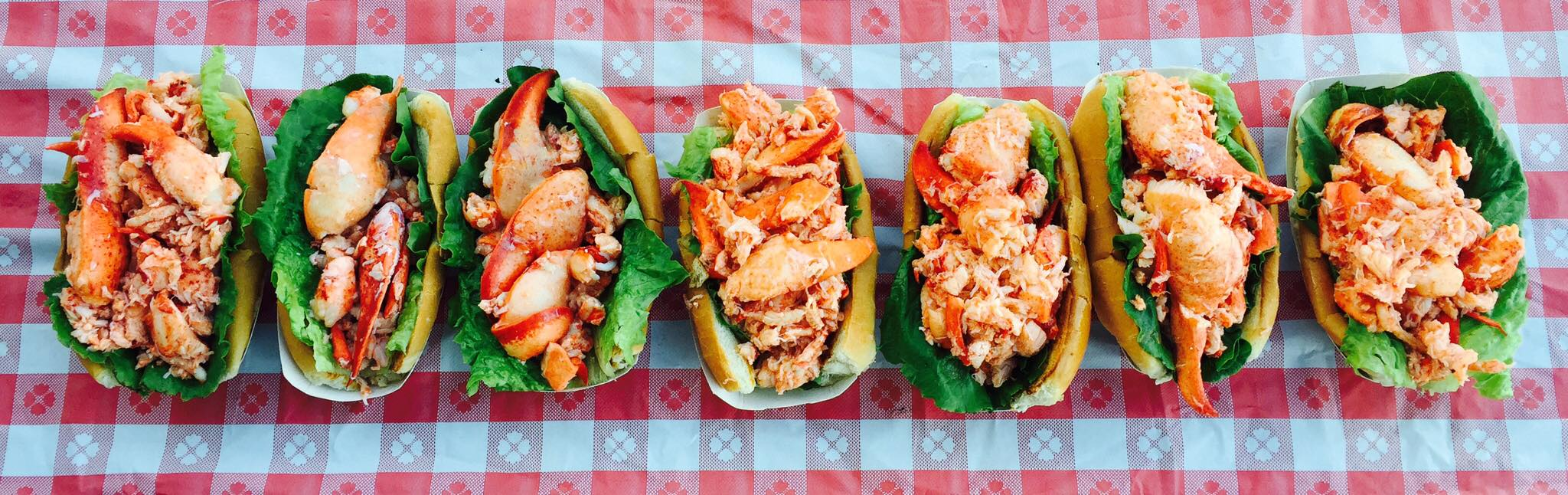 The Barking Claw Lobster Roll