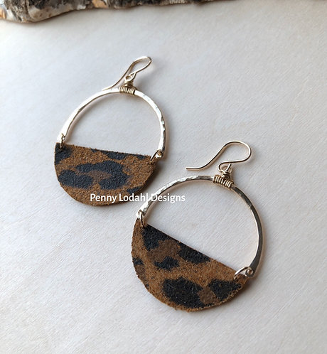 Rebel Earrings - Dk Brown Leop