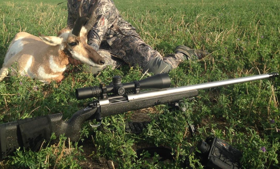 D.Farley CCS LR Custom Rifle Antelope 1.jpg