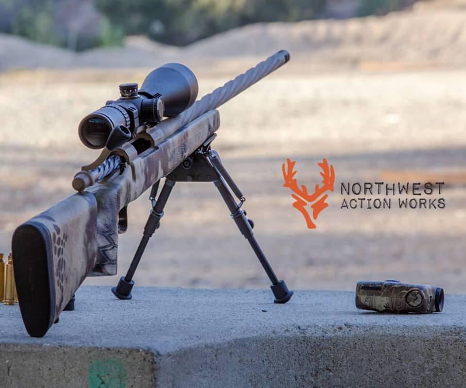 Ramrod Hunter Custom Rifle Package chamb