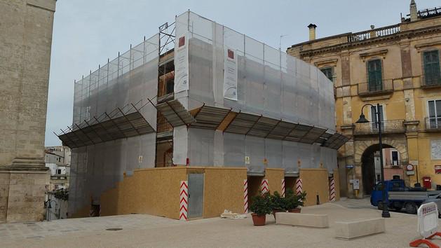 """Restauro palazzo """"Canonico Rizzi"""" sito in Gravina in Puglia in Piazza Pellicciari"""