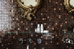Room 1 bathroom with Ren Skincare