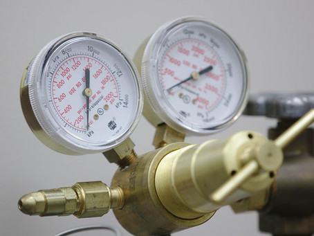 Gas Regulators: The Gauges, Hoses, and Knobs