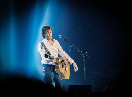 """Paul McCartney's """"Freshen Up"""" Bring Special Effects and CO2 Deliveries Onstage"""